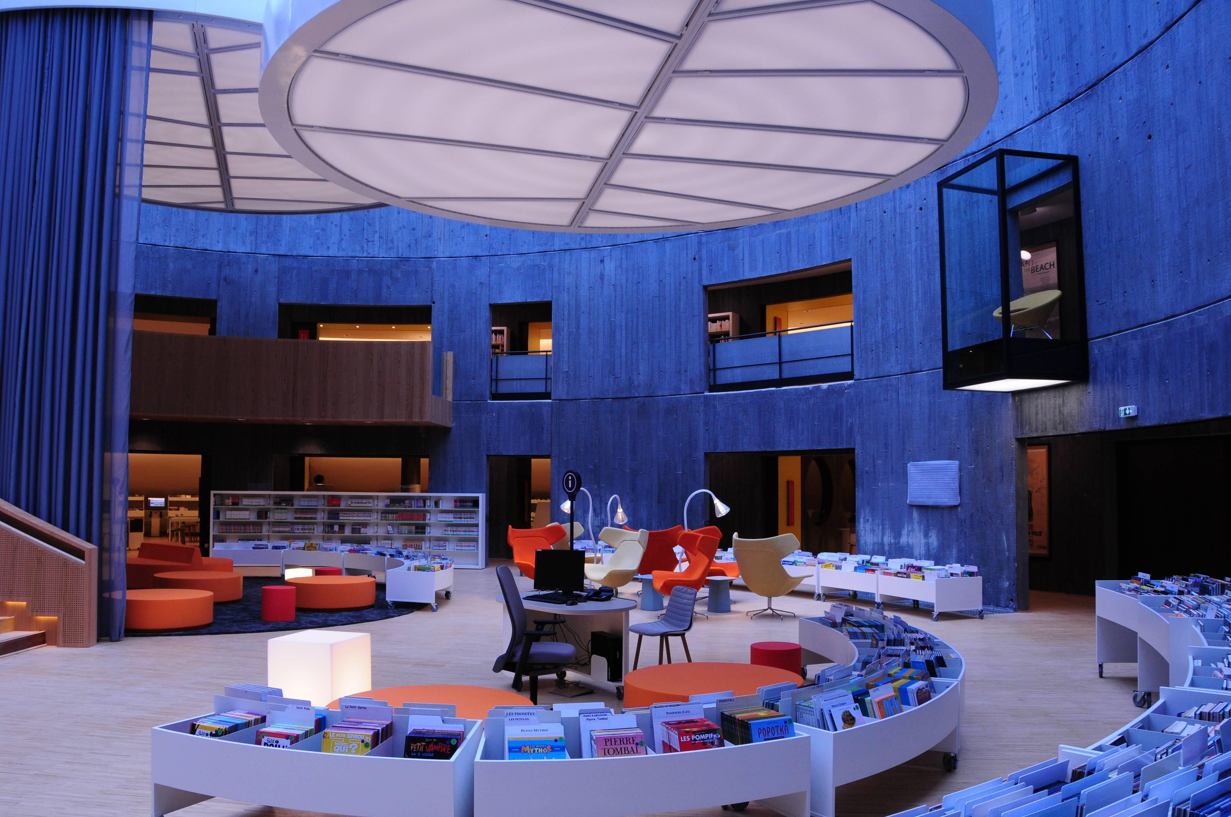 la biblioth que du havre s 39 habille en niemeyer archimag. Black Bedroom Furniture Sets. Home Design Ideas