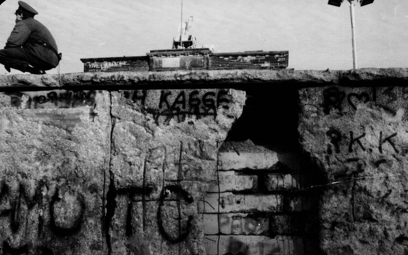 Mur-Berlin-archives-Stasi