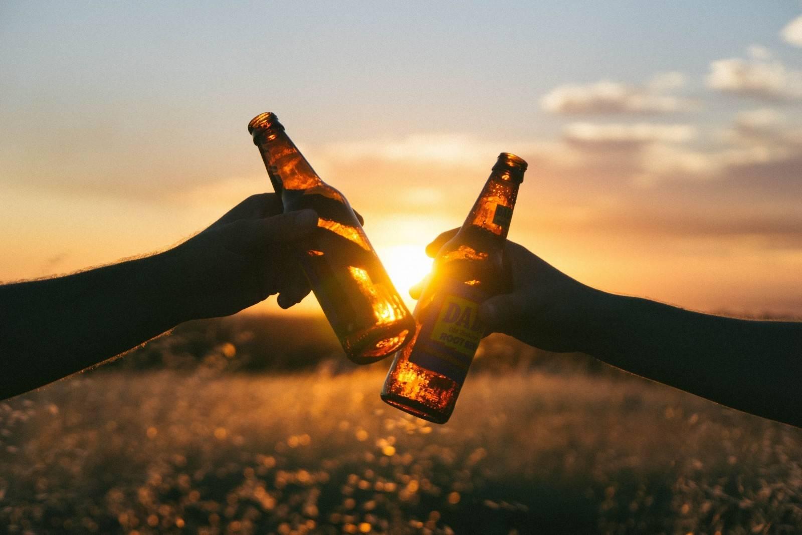 Le site ricard.com use de données personnelles pour faire la promotion de boissons alcoolisées (illustration Visual Hunt)