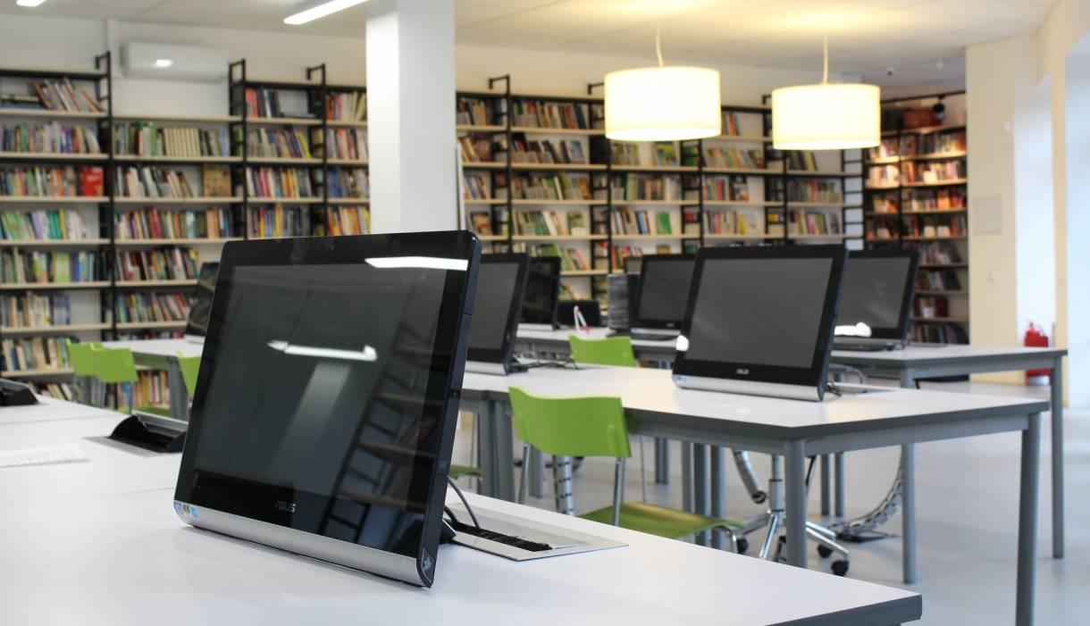 ordinateur-reseau-bibliotheque