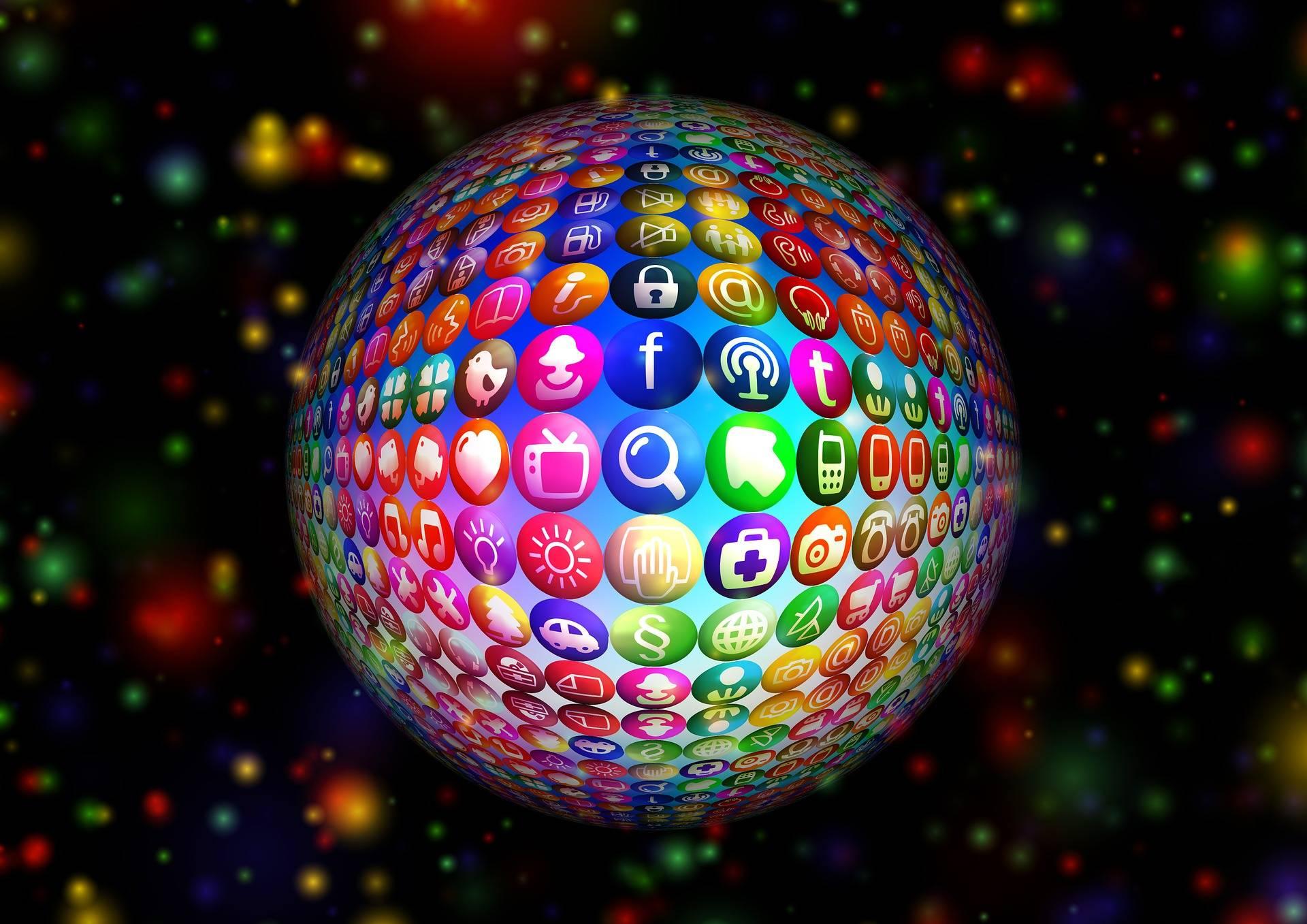 Internet passe le cap du milliard de sites web archimag for Le site internet