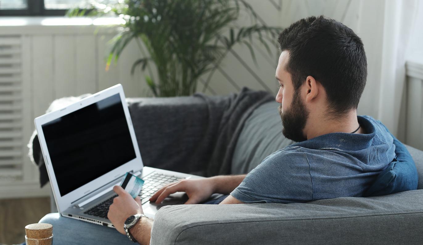 teletravail-home-office-ordinateur