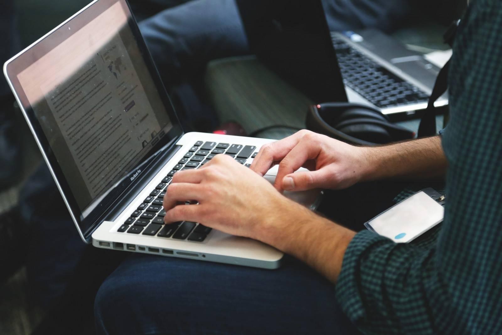 ordinateur-laptop
