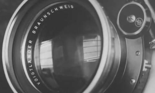 Image extraite du film d'archive qui présente le travail du photographe Ansel Adams (capture YouTube)