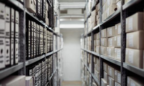 Accès aux archives : le gouvernement publie un nouveau texte