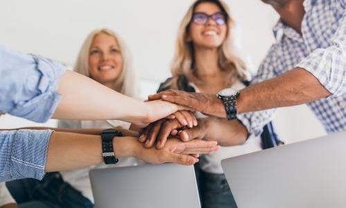 reaseau-social-entreprise-comparatif-2021