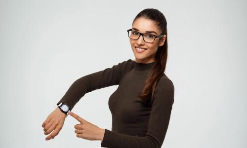 Femme montre