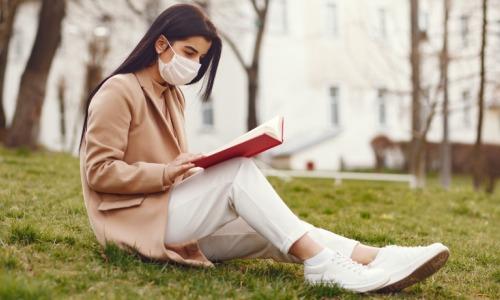 livre-bibliotheque-covid-19-coronavirus-contagion