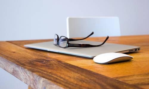 Créée en 2008, Progilone est une entreprise lyonnaise oeuvrant à la fois dans le domaine des services et celui de l'édition de logiciels