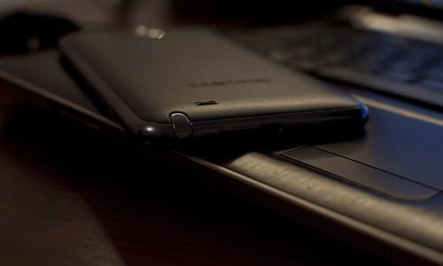 Le temps passé devant un smartphone atteint 147 minutes par jour