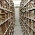 Des rayons d'archives physiques (illustration DRs Kulturarvsprojekt / Flickr)